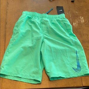 Nike swim trunks boys large